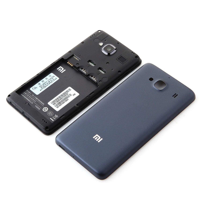 Внутренний отсек китайского смартфона Xiaomi Redmi 2 PRO со снятой крышкой