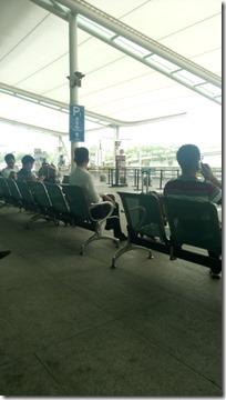 Ожидание автобуса из Гуанчжоу в Шэньчжэнь